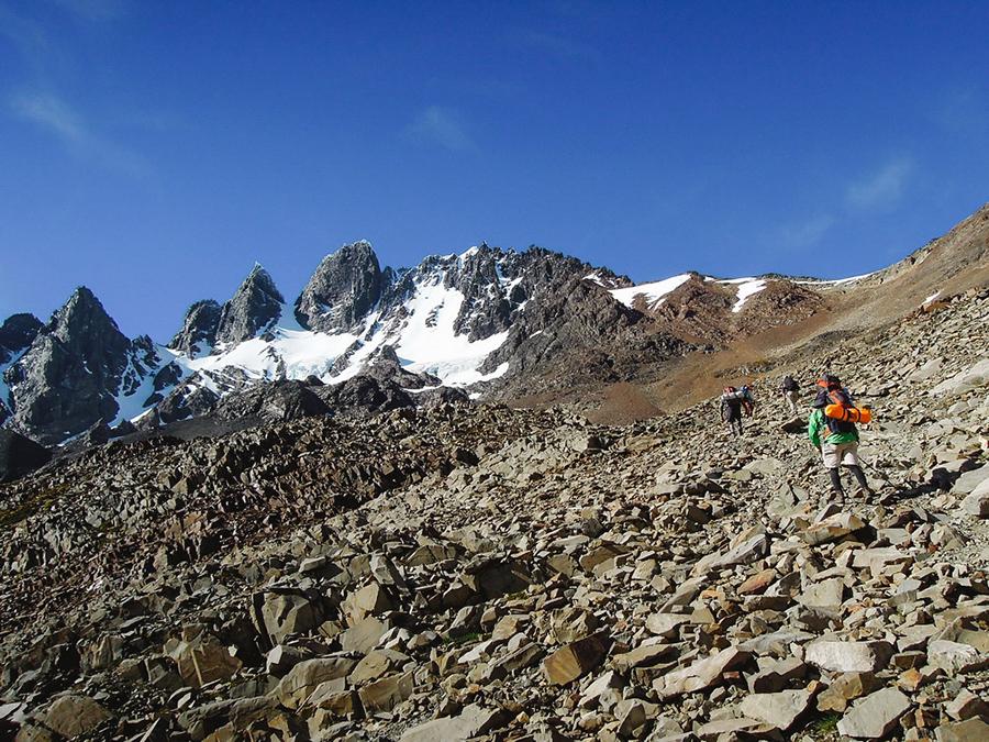 trekking-patagonia-o-circuit-john-garner-pass